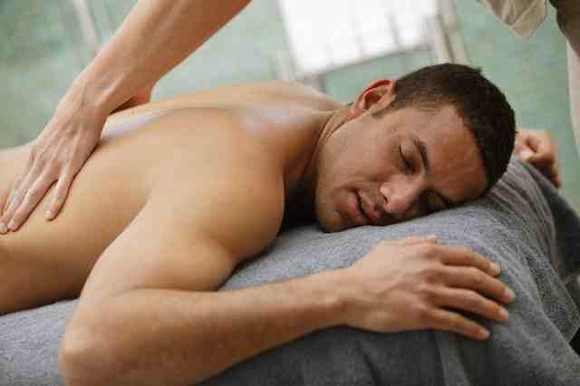 2012 Men's Valentine's Day Pampering Gifts